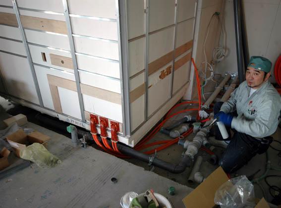 オーダーユニットバスの給排水接続工事