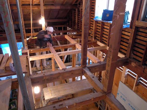 二階床のレベル調整工事