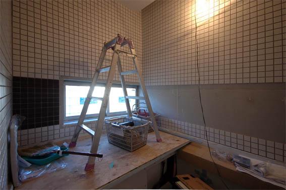 ハーフユニットバスのタイル壁張り