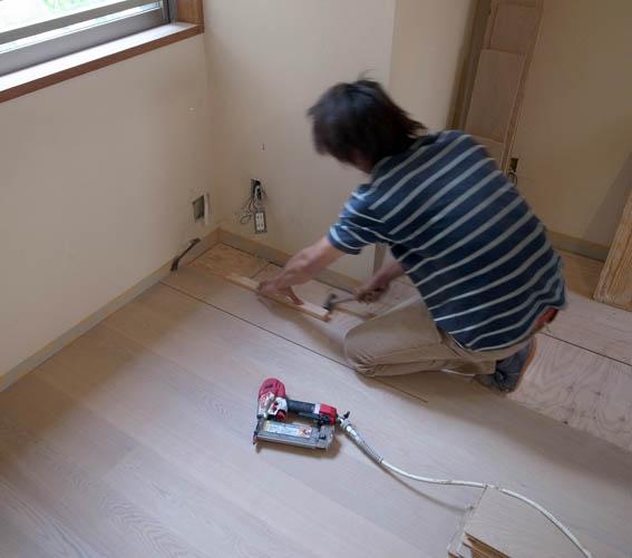 131010shirokaneN_flooring-1