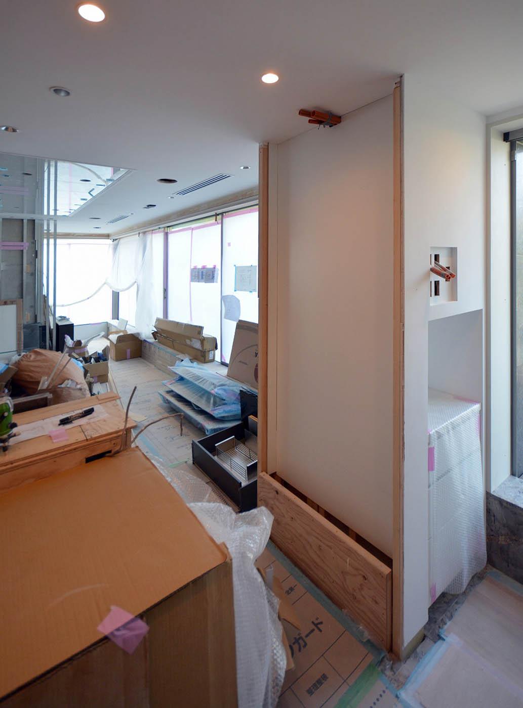 キッチン横のオニキス設置棚