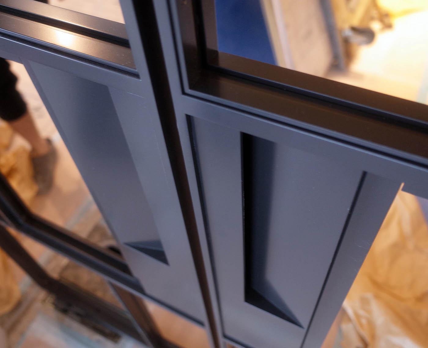 鋼製建具の特注取っ手