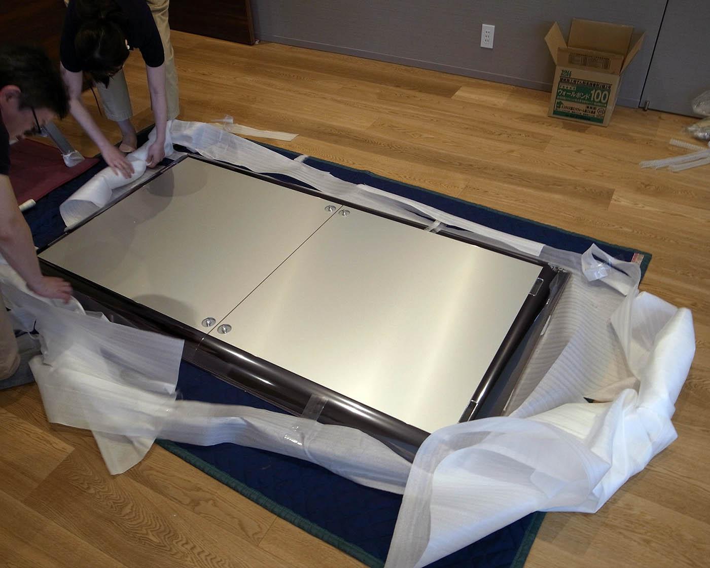 モルテーニのエクステンションダイニングテーブルの組み立て