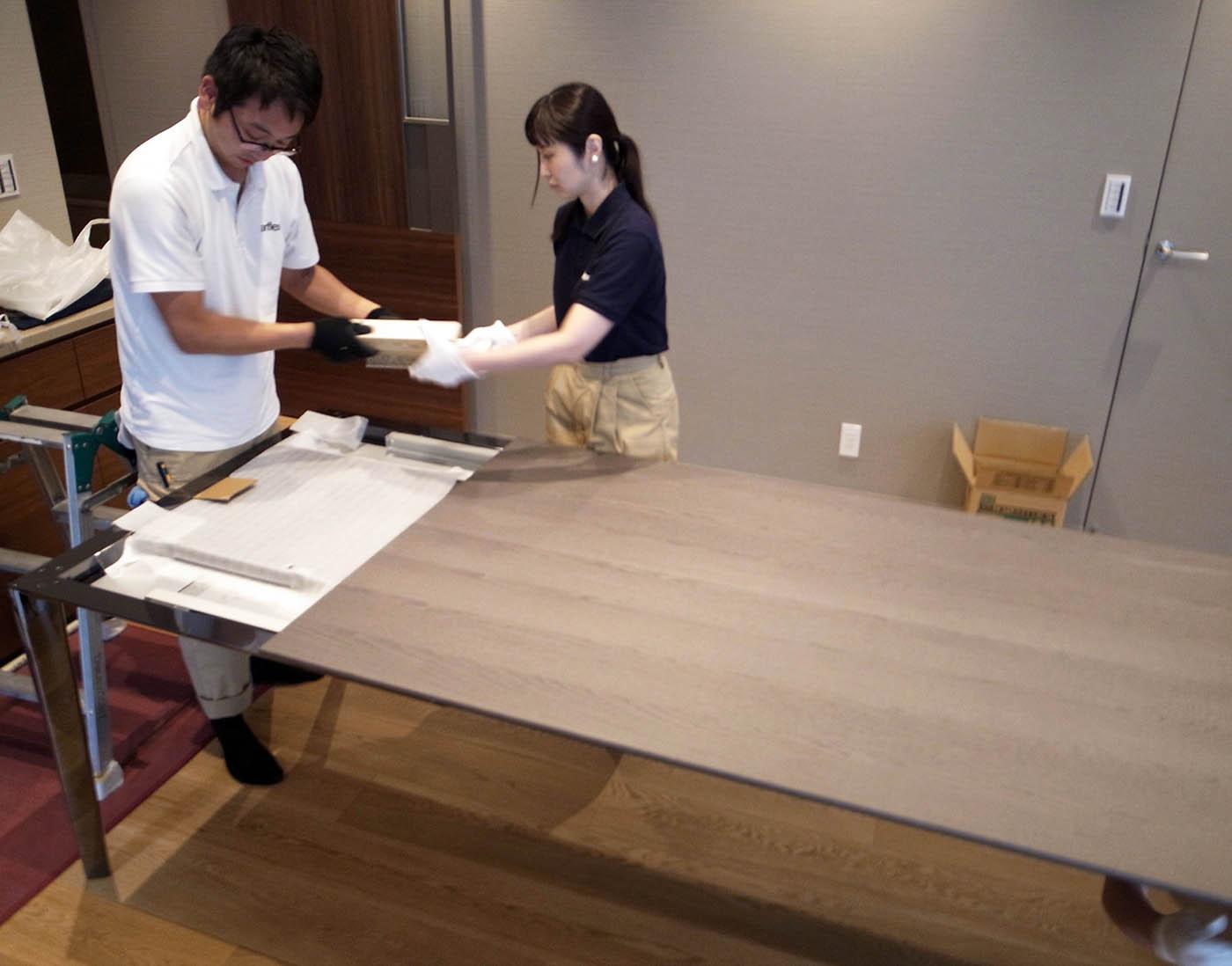 モルテーニのダイニングテーブル設置