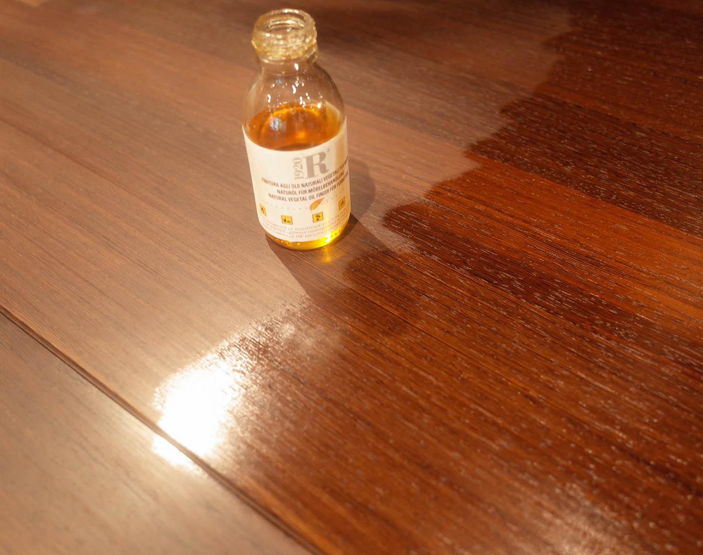 リーヴァ・ダイニングテーブルのメンテナンス用オイル
