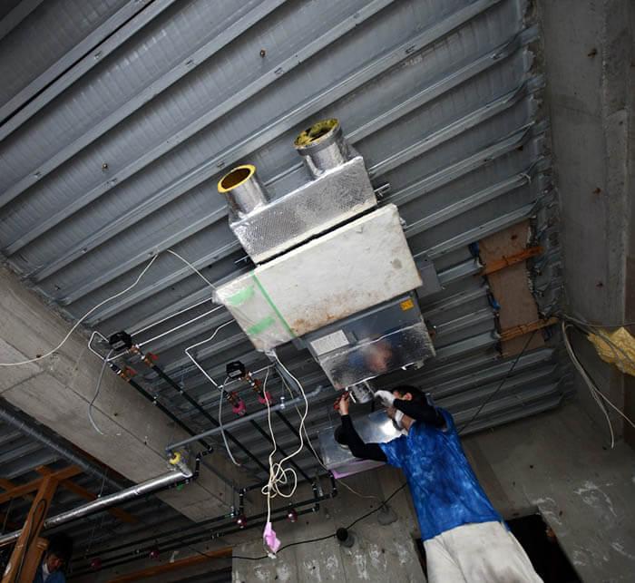 設備工事_ファンコイルユニットの再設置
