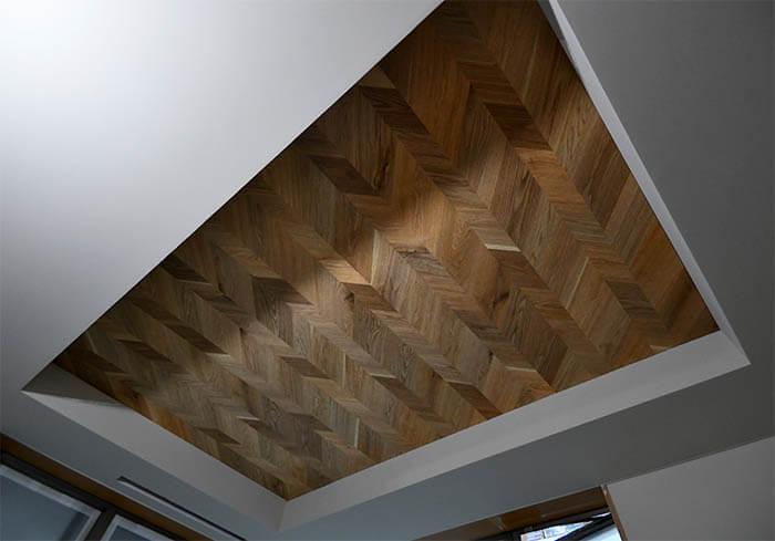 突板張りの折り上げ天井